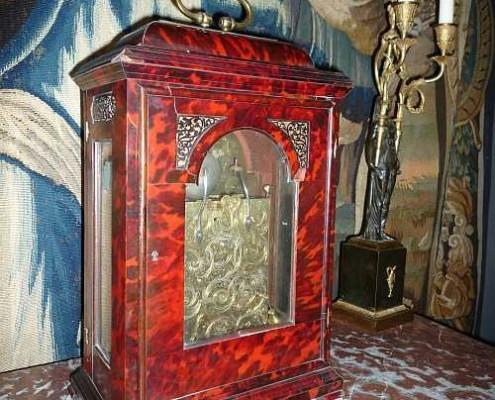 Engelse Queen Anne bracket clock uit ca. 1710 gemaakt door Robert Bockett, Londen